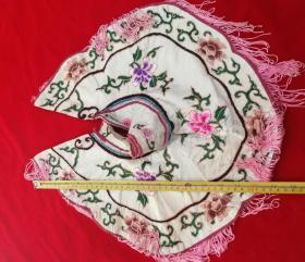 特价民国绣工精美漂亮花卉图云肩披肩包老好品少见品种