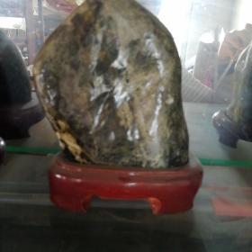 泰山玉原石摆件1