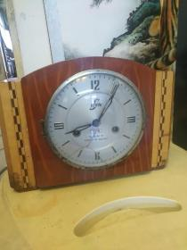 80年代苏州牌15天座钟,功能正常,走时打响