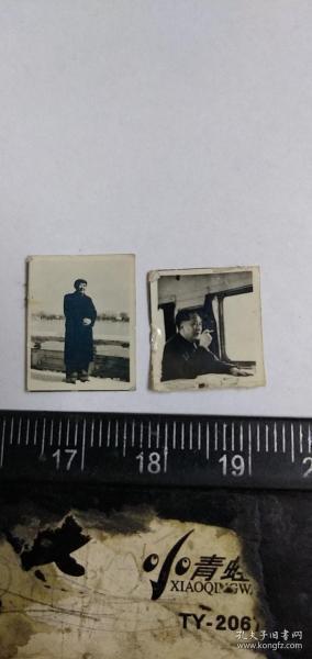 毛主席小照片一组。