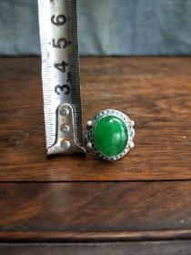 老财主家收来的翡翠老戒指冰种银托镶嵌保真好东西
