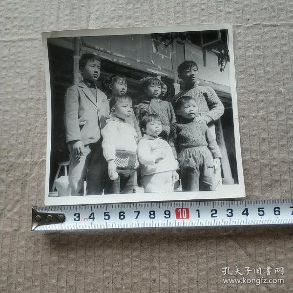 家庭照——七个孩子合影