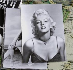 【盒装30张大全】《世界著名影星——玛丽莲 梦露》明信片全新摄影