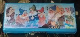 文具盒:白雪公主和七个小矮人(格林童话)