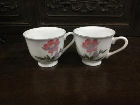 七十年代中国醴陵瓷杯一对〈蝴蝶底款〉