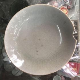 嘉庆豆青盘,缺损瓷器
