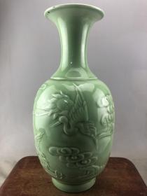 绿釉浮雕福寿大瓷瓶B3946.