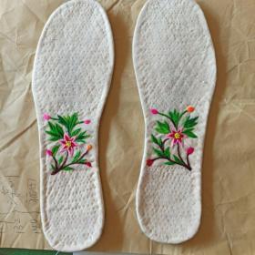 手工绣花鞋垫(1)