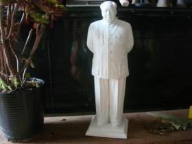 高48厘米的大型文革毛泽东瓷像
