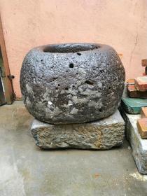 井圈,井栏,石头水井,明代水井,青石。
