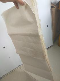约八十年代老宣纸,50张左右,每张尺寸68x34 霉斑较多 整体基本完好