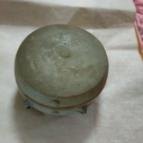 浩然斋集青瓷之一百零九:青瓷四系鼓钉罐