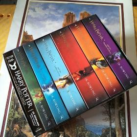 Harry Potter Box Set: The Complete  Collection哈利波特英文版7本