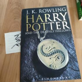 外文书 J K ROWLING HARRY POTTER 共607页