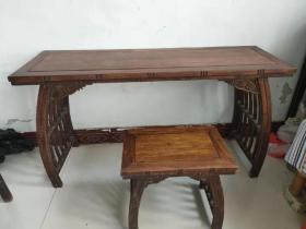 花梨木琴桌一套,品像包漿一流,全品無修補,正常使用
