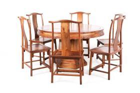 清 黄花梨木如意云纹圆桌 六椅(七件套)