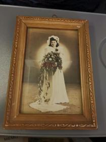 民国美女婚纱照片