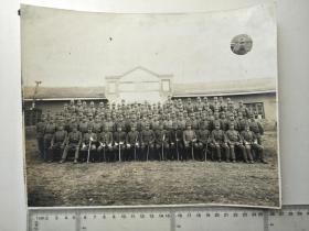 来自侵华日军联队相册,此为其中1张,较大幅照片,长约26-27厘米,日军军官士兵