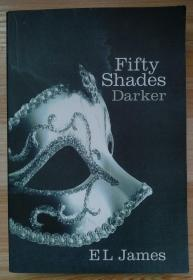 英文原版书 Fifty Shades Darker Paperback – April 17, 2011 by E L James  (Author)