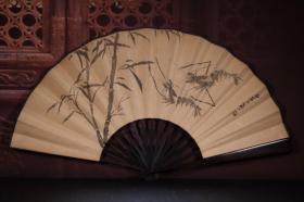 檀木手绘纸折扇 长33cm   宽3.5cm  扇面展开59cm虾图