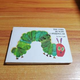 The Very Hungry Caterpillar  Board book 饥肠辘辘的毛毛虫 英文原版