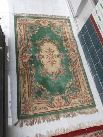 老羊毛地毯  颜色鲜艳搭配明显  全品