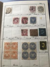 古老邮票一本 里面邮票都是1850-1860年左右 目录价都比较高 真正的老古董 邮票约165张左右 部分新票 连票等 大多雕刻版古典票 极难找一本。价高 有些版本不同和几枚极难找的 部分版本极难寻