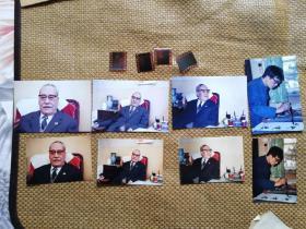 【超珍罕  董寿平 85年 3月 在 家中 彩色底片扫描后 打印的 6寸照片 4张 依然非常清晰,脸上的斑点都非常清晰(本订单不包括底片及原版照片)