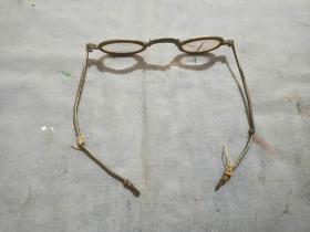 清代老眼镜有残