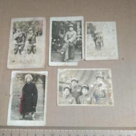 解放初期西藏地区剿匪留念  照片一组五张    大小不一