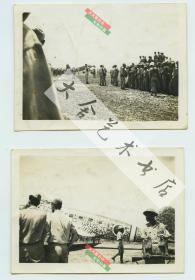 二战时期1945年8月21日湖南怀化芷江县机场,日本代表乘坐飞机前来投降老照片,著名的芷江受降,老照片两张