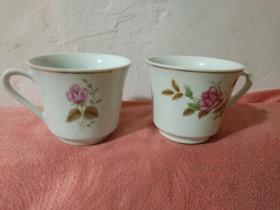567瓷器中国景德镇龙珠阁款金边咖啡杯茶杯2个