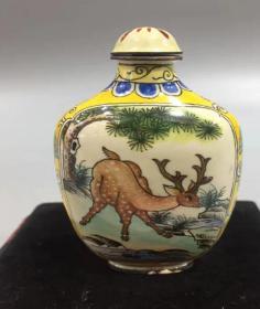 梅花鹿紋 鼻煙壺