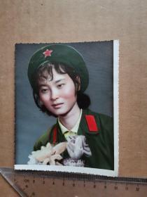 彩色女军人照片