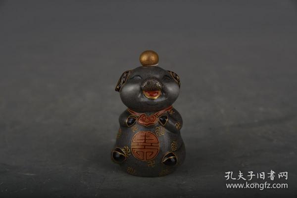 清乾隆琺瑯彩福豬鼻煙壺2
