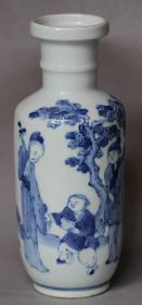 清代人物故事纹青花瓷棒槌瓶