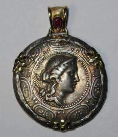私人订制,独一无二奢侈品!头模希腊古币——18K金镶嵌红宝石月亮女神古希腊银币首饰(Artemis of Greco-Roman Coins)