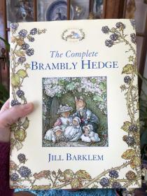 预售 The Complete Brambly Hedge. by Jill Barklem  野蔷薇村的故事