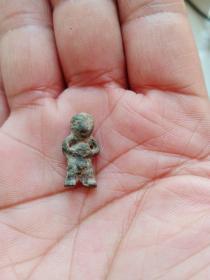 青铜小人,年代距今1000多年或以上,个头超小,包真包老,售出不退。