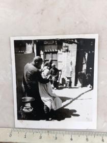 民国时期民俗老照片街头剃头理发原版老照片