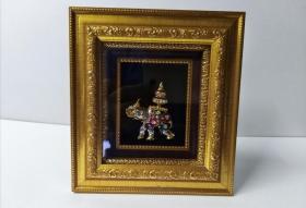 泰国旅游纪念品 吉祥三宝。外框尺寸16乘以14.5厘米
