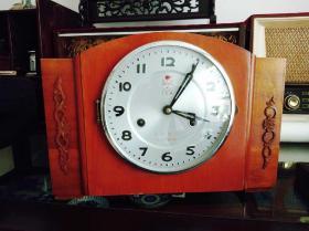 文革时期七八十年代老大连火炬牌老座钟老钟表机械上弦老式台钟老闹钟