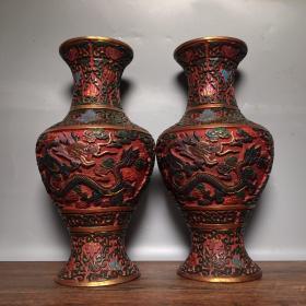 漆器花瓶一对,