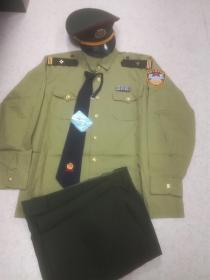 90年代中末期95、96年老公安警察民警干警橄榄绿色夏长袖衬衫衬衣制服一全套经典收藏