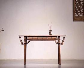 民国花梨木书桌做功精致,完好牢固品相一流