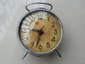铜机芯闹钟