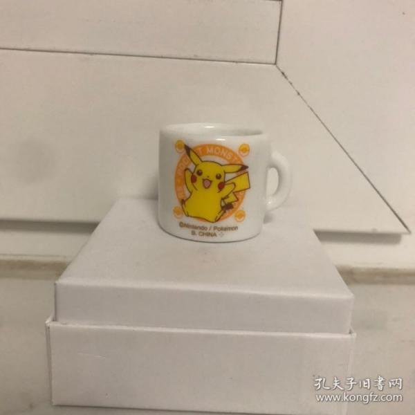 卡通动漫 神奇宝贝 宠物小精灵 口袋妖怪 宝可梦 皮卡丘图案陶瓷杯 迷你陶瓷杯 袖珍场景道具