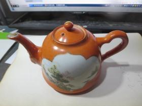 民国江西振发瓷社   矾红开窗小茶壶一只,存于楼上博古架一*8