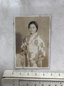 民国时期日本和服美女老照片.