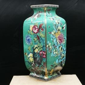 官窑珐琅彩花鸟纹四方花瓶